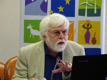 James Putzel, Dept International Development, London School of Economics, UK